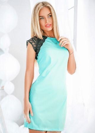 Блакитна лаконічна сукня за доступною ціною
